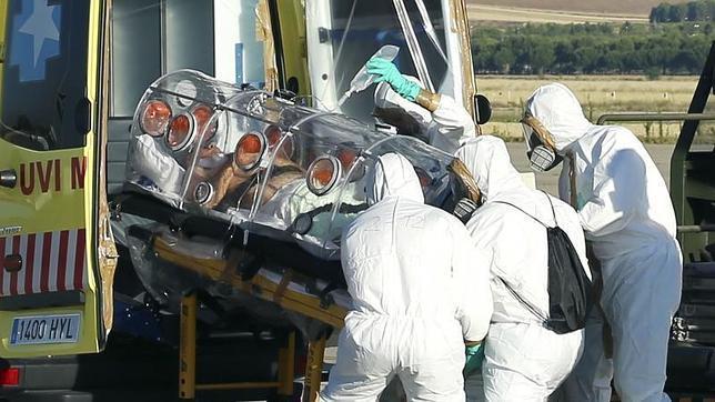 Salud integral: el cuidado del cuidador a propósito del ébola en España